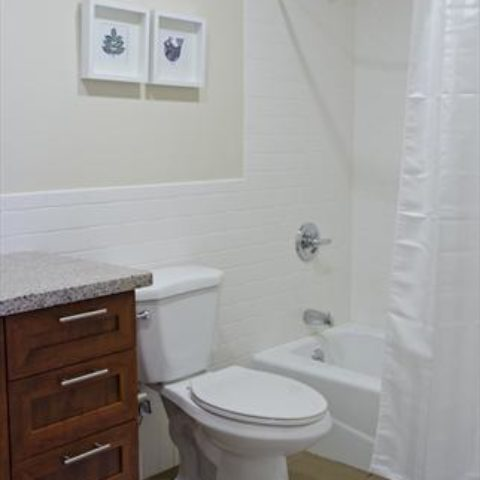 The Metropolitan Apartment Unit Bathroom
